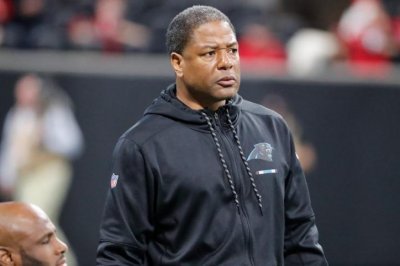 Tennessee Titans target Carolina Panthers DC Steve Wilks to replace Mike Mularkey