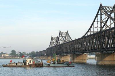 Report: China bans North Korea financial transactions