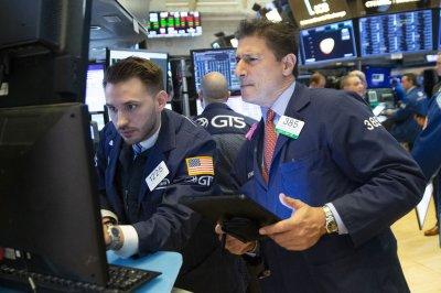 Renewed China trade fears send U.S. markets tumbling
