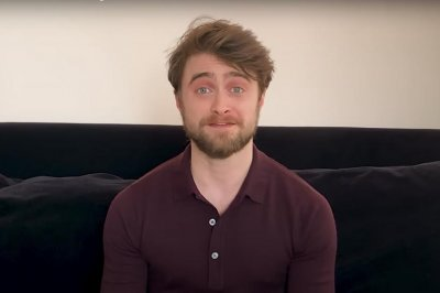 Daniel Radcliffe, other stars to read first 'Harry Potter' book for fans