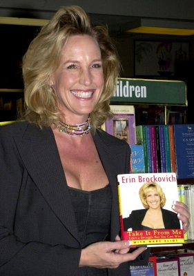 Erin Brockovich-Ellis accused of boating while intoxicated