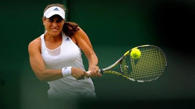 Monica Puig upsets Sara Errani at Wimbledon