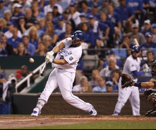 Kendrys Morales, Ian Kennedy give Kansas City Royals shot in arm