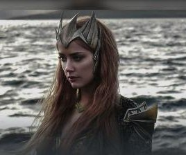 Amber Heard debuts as Mera in 'Justice League' photo