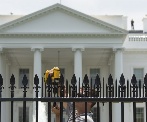 Secret Service: White House fence jumper roamed grounds for 17 minutes