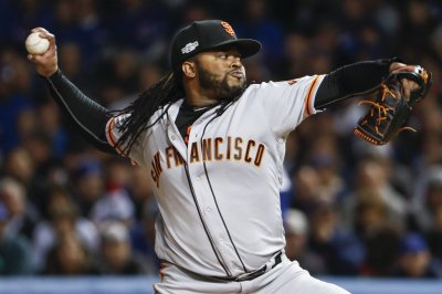 San Francisco Giants top San Diego Padres to avoid 99-loss season