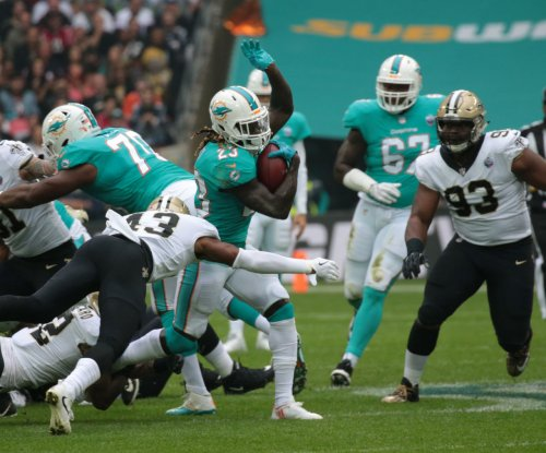 Jay Ajayi: Miami Dolphins trade Pro Bowl RB to Philadelphia Eagles