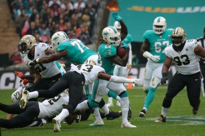 Jay Ajayi: Miami Dolphins trade Pro Bowl RB to Philadelphia Eagles