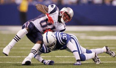 NFL: Indianapolis 18, New England 15