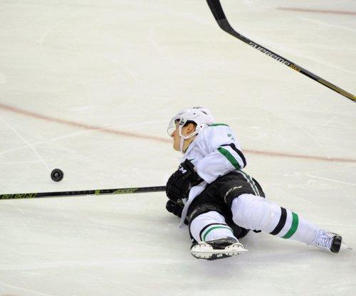 Stars top Capitals, record-setting Alex Ovechkin