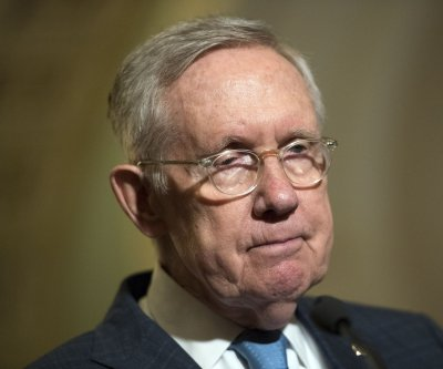 Harry Reid calls Donald Trump 'racist' on Senate floor