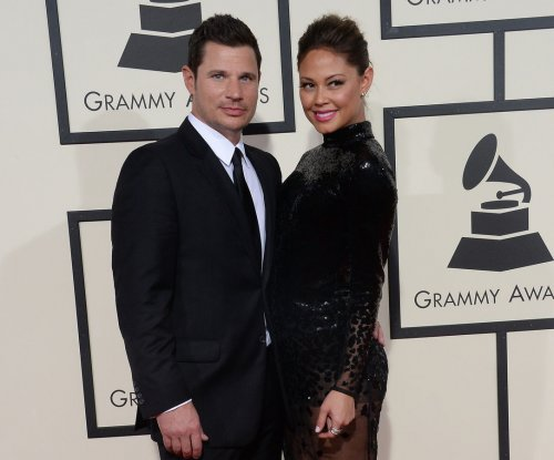 Pregnant Vanessa Lachey reveals her third child is a boy in cute Instagram video