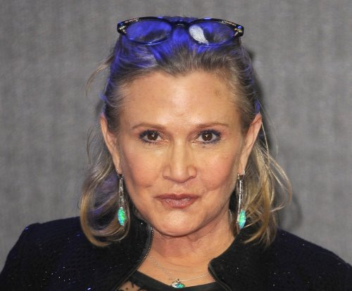 Hospitalized Carrie Fisher receives warm wishes from 'Star Wars' family
