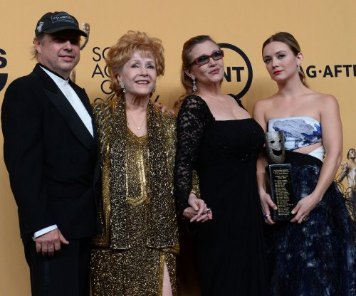 Debbie Reynolds buried; Carrie Fisher's ashes stored in giant Prozac pill urn