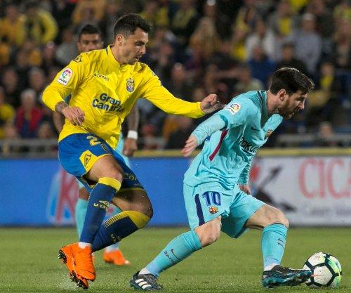 Lionel Messi hits masterful free kick in Barcelona tie vs. Las Palmas