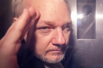 Assange tells British court he'll fight extradition to U.S.
