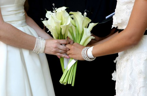 Minnesota Gov. Dayton signs same-sex marriage bill into law