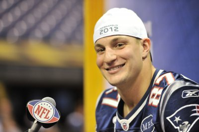 Gronkowski 'questionable' for Super Bowl