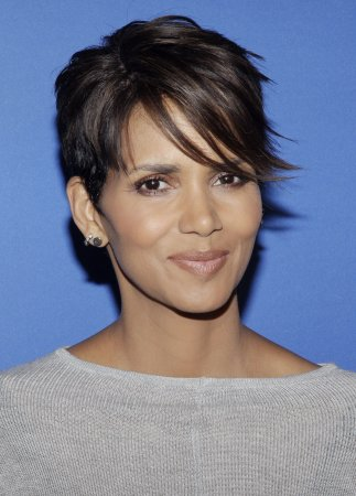 Halle Berry's 'Extant' is moving to 10 p.m. on Wednesdays