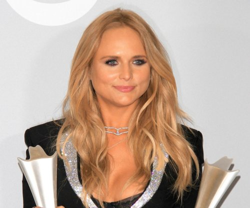 Miranda Lambert on post-divorce life: 'I'm just trying to do me'