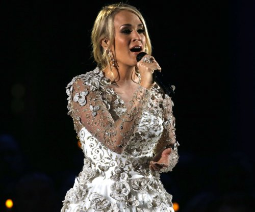 Carrie Underwood 'doing great' after surgery on wrist