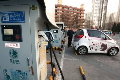 EPA's U-turn on auto efficiency rules gives China the upper hand
