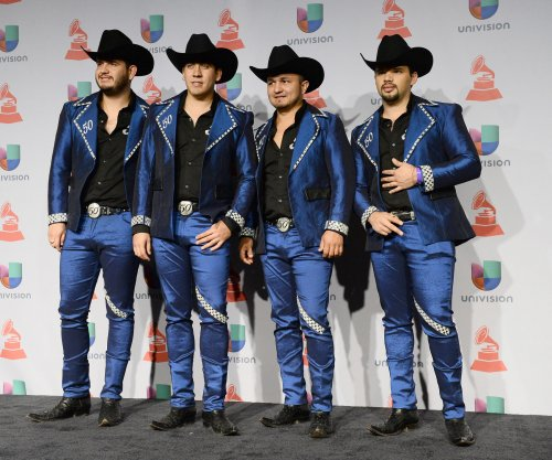 Calibre 50 dedicates Latin Billboard award to Mexico, Nicaragua, Venezuela