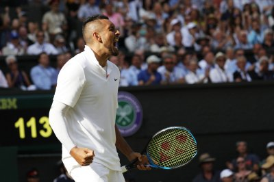 Nick Kyrgios melts down again, smashes two rackets in Cincy