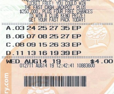 Clerk's suggestion leads to $587,247 lottery jackpot