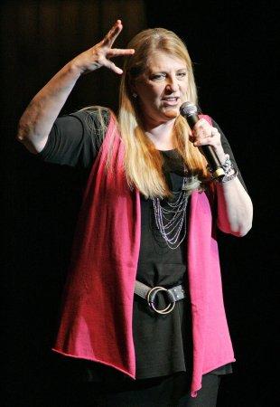 Lampanelli to perform at New York's Apollo Theater