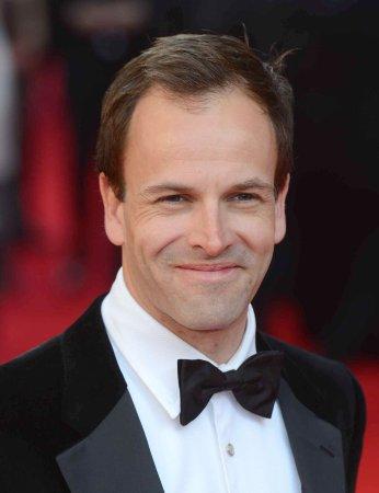 'Matilda' wins 7 Olivier Awards