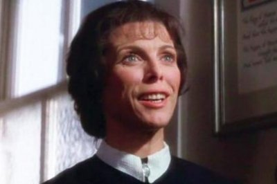 'The Omen' actress Billie Whitelaw dies at 82