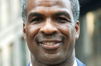 who owns oakley  charles oakley arrested after scuffle, blames new york knicks owner james dolan upi