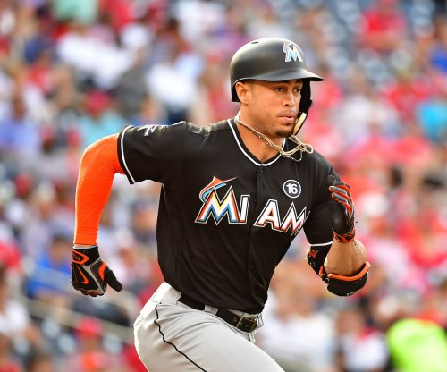 Miami Marlins: Derek Jeter addresses Giancarlo Stanton rumors at GM meetings