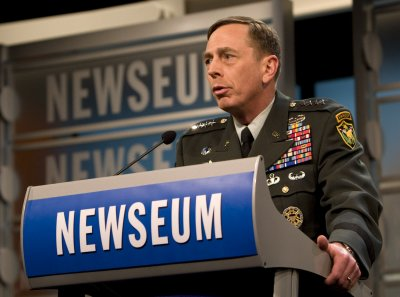 Analysis: Petraeus on Iraq vs. Afghanistan