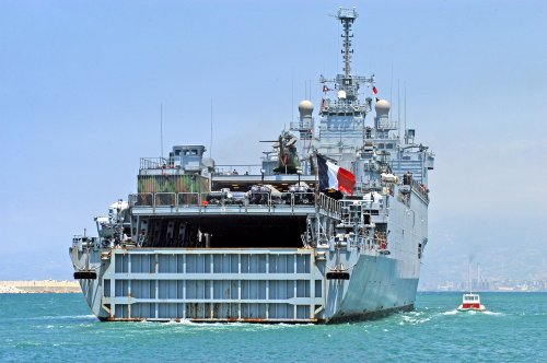 Vietnam: China moved oil rig
