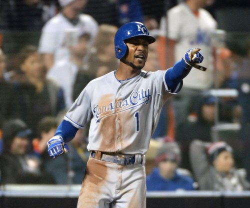 Seattle Mariners acquire OF Jarrod Dyson from Kansas City Royals