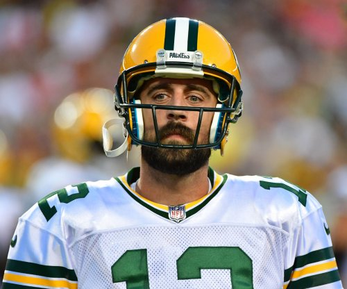 Green Bay Packers trying to recover from loss of QB Aaron Rodgers