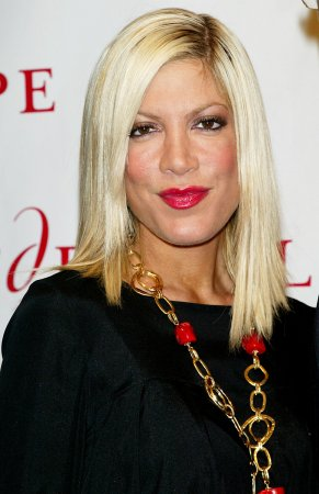 Tori Spelling wants new '90210' role