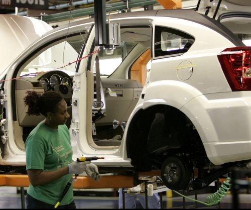 Auto workers union approves new 4-year labor contract with Fiat Chrysler