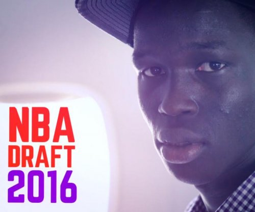 Thon Maker: Five-star recruit declares for NBA Draft