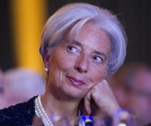 Oil prices lower on IMF's 'not-so-good news'