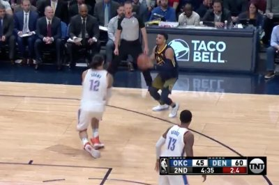 Nuggets' Murray dispatches ankle-breaking crossover vs. Thunders' Adams