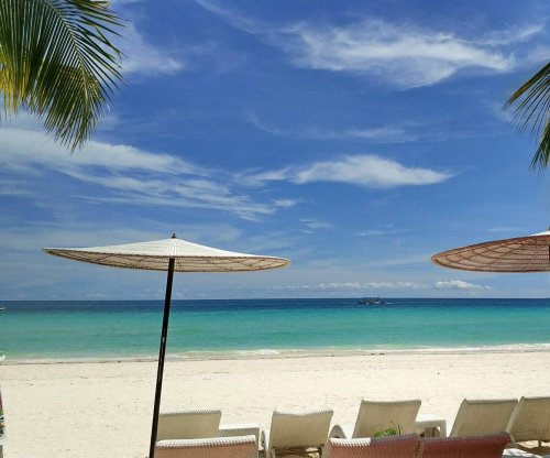 Philippine island of Boracay closing 6 months due to sewage leak