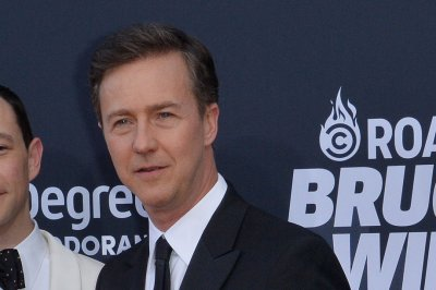 New trailer for 'Motherless Brooklyn' written, directed by, starring Edward Norton
