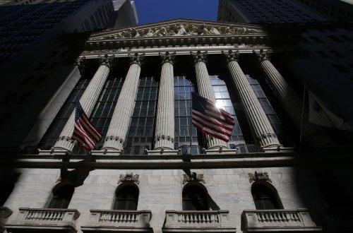 Wall Street's year looks dinged by Washington