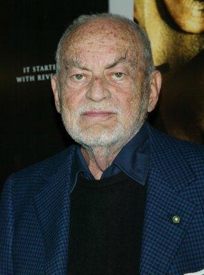 Producer Dino De Laurentiis dead at 91