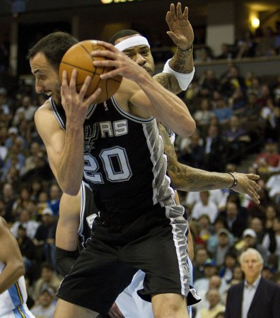 Ailing Ginobili, Splitter out 2 weeks