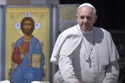 Child migrants should be 'welcomed and protected,' says Pope Francis