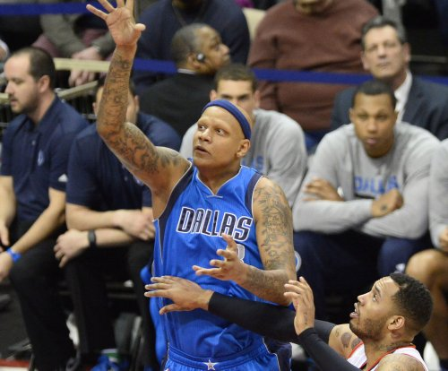 Dallas Mavericks rally past Oklahoma City Thunder